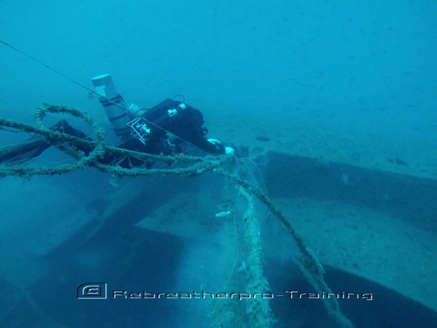 Deep Wreck Ghost fishing. - Rebreatherpro-Training