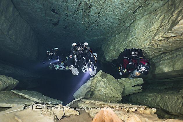 TDI Rebreather Full Cave Course - Rebreatherpro-Training