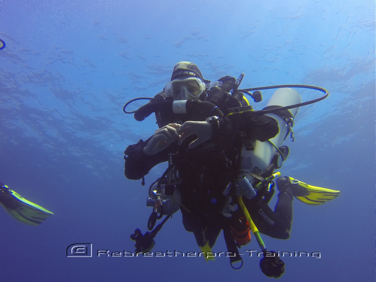 Diver working on their trim on ascend/ descend training