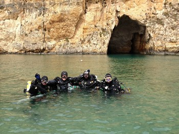 Group photo after making a 55m dive for their Normoxic CCR Course Rebreatherpro-Training