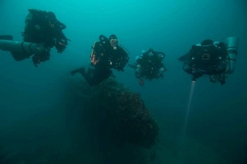 Divers on HMS Stubburn during their IANTD Mod3 course Rebreatherpro-Training