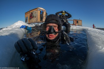 Dave Gration Ice Diving in The White Sea, Russia. Rebreatherpro-Training