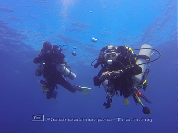 Rebreather divers during their normoxic training Mod 2 course Rebreatherpro-Training