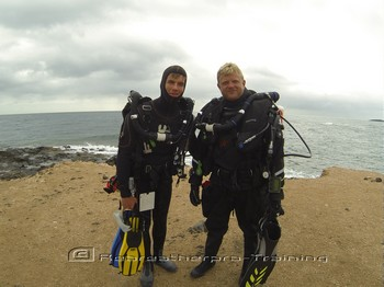 GiGi and Matt going Rebreather diving in Spain. Rebreatherpro-Training