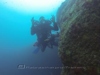 Rebreather diver on the reef of Arinaga. Rebreatherpro-Training