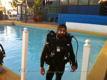 Geingus looking cool in his AP rebreather. Rebreatherpro-Training