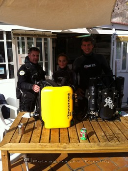 Dave Gration running an AP Diving rebreather try dive day. Rebreatherpro-Training