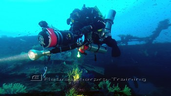 Another great days wreck diving in Sardinia :-) Living the dream !! Rebreatherpro-Training