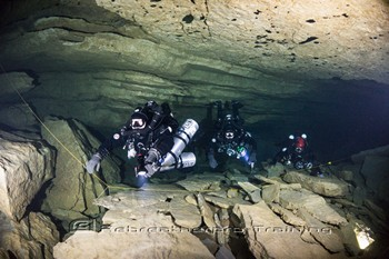 Team EngPol on a dive in Ressel Rebreatherpro-Training