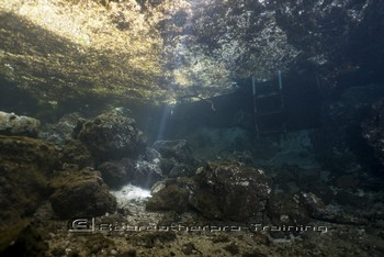 Cave Diving in Florida Rebreatherpro-Training