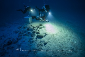 In 2016, a team of specialised technical divers returned to the site. Rebreatherpro-Training