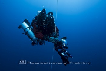 Kari Hyttinen is a technical diver/underwater videographer from Finland. Rebreatherpro-Training